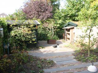 Nonchalante achtertuin Carla Wilhelm Landelijke tuinen