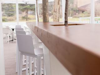MUDEYBA S.L. Scandinavian style bars & clubs Wood Wood effect