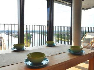 Home Staging einer Maisonette-Wohnung in bester Weser-Lage Karin Armbrust - Home Staging Moderne Esszimmer