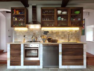 CASA A CAMPIROLI Officine Liquide Modern Kitchen