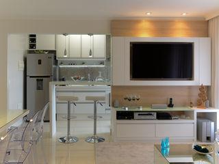 RAFAEL SARDINHA ARQUITETURA E INTERIORES Modern dining room