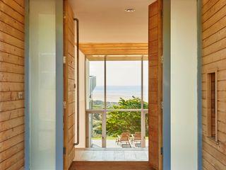 Sandhills Barc Architects Hành lang, sảnh & cầu thang phong cách hiện đại Gỗ Wood effect