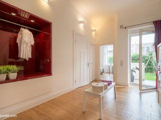 Home Staging einer Eigentumswohnung MK ImmoPromotion Moderne Ankleidezimmer