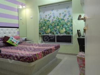 Mr. Arjit Sarkar UNIQUE DESIGNERS & ARCHITECTS Modern style bedroom