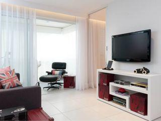 Estúdio Plano Living room