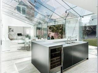 Glass House Martin Gardner Photography Modern Kitchen