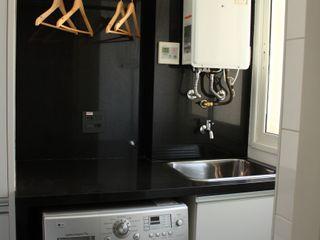 Estúdio Plano Modern kitchen