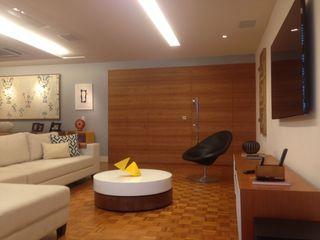 Carlos Salles Arquitetura e Interiores Moderne Wohnzimmer