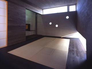 株式会社長野聖二建築設計處 Ruang Media Modern