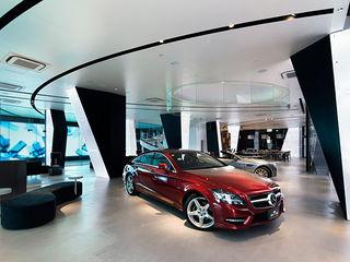 WORKTECHT CORPORATION Agencias de autos de estilo moderno