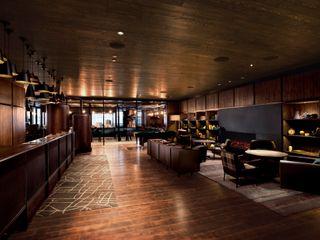 WORKTECHT CORPORATION Hoteles de estilo ecléctico