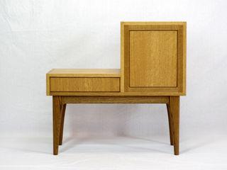 木の家具 quiet furniture of wood ВітальняШафи і серванти Дерево