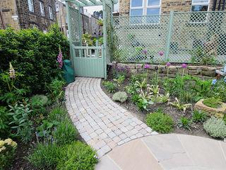 Contemporary Cottage Garden Yorkshire Gardens Rustic style garden