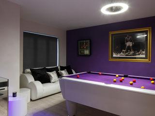 New Build Contemporary Interior Design Ealing Quirke McNamara 客廳 Purple/Violet