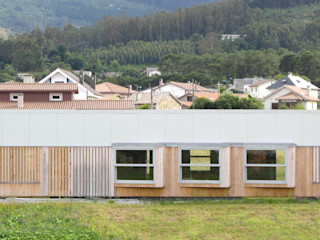 Vivienda modular en Culleredo (A Coruña)   en proceso Ezcurra e Ouzande arquitectura Casas de estilo moderno