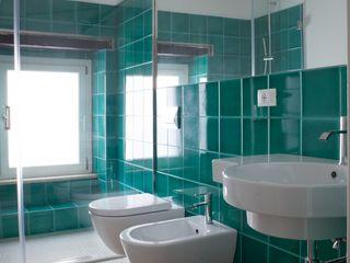 Progetti STUDIO DI ARCHITETTURA CATALDI MADONNA Modern bathroom
