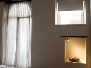 Progetti STUDIO DI ARCHITETTURA CATALDI MADONNA Modern style bedroom