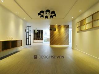 디자인세븐 غرفة المعيشة خشب Wood effect