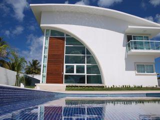 CHASTINET ARQUITETURA URBANISMO ENGENHARIA LTDA Rumah Modern Batu Bata White
