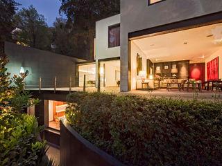 Casa JRQZ Lopez Duplan Arquitectos Balcones y terrazas modernos