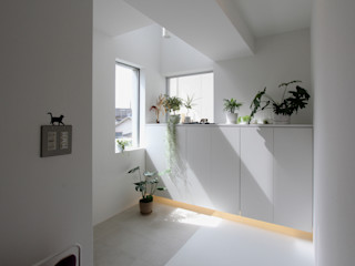 環境建築計画 Modern Corridor, Hallway and Staircase Tiles White