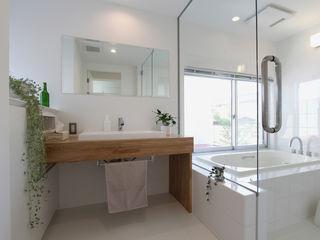 環境建築計画 Modern Bathroom Glass White