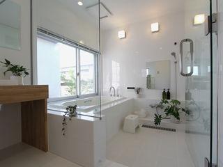 環境建築計画 Modern Bathroom Tiles White
