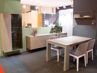 Muebles comedor Besform Besform (Muebles Acsa) ComedorVitrinas y aparadores Acabado en madera