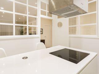 GESTION INTEGRAL DE PROYECTOS DEL NOROESTE S.L. 現代廚房設計點子、靈感&圖片