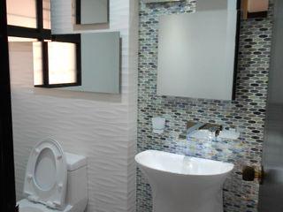REMODELACION APTO 101 CR TORRES DEL PRADO ARQUITECTONI-K Diseño + Construcción SAS Baños de estilo moderno