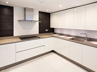 A development of 5 luxury houses in Primrose Hill Porcel-Thin Modern kitchen Tiles White