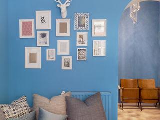 Luxury Apartment in Rome-Piazza di Spagna Tania Mariani Architecture & Interiors Soggiorno eclettico Vetro Blu