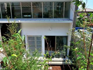 株式会社長野聖二建築設計處 Taman Modern