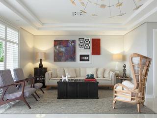 Johnny Thomsen Arquitetura e Design Salas de estilo ecléctico Hierro/Acero Multicolor