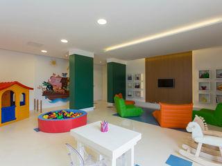SESSO & DALANEZI Dormitorios infantiles modernos: