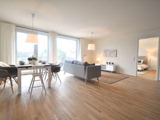 Musterwohnung 'Ton in Ton' Karin Armbrust - Home Staging Skandinavische Esszimmer