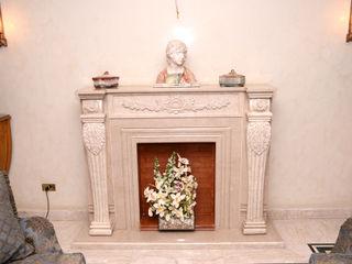 Arte Decò Apartment in Cairo Tania Mariani Architecture & Interiors SoggiornoCamini & Accessori Marmo Bianco