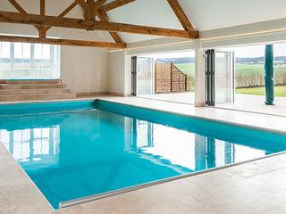 Ramsbury Aqua Platinum Projects Piscinas de estilo clásico