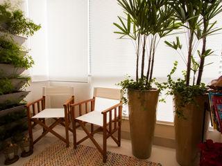 Estúdio HL - Arquitetura e Interiores Balcones y terrazas de estilo moderno