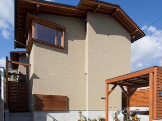アトリエ・ブリコラージュ一級建築士事務所 Rumah Gaya Eklektik
