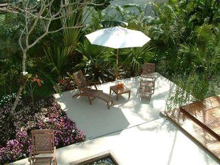 Emmilia Cardoso Designers Associados Modern garden