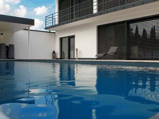 Domizil in Oberbayern Herzog-Architektur Moderne Pools