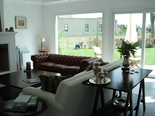 Estudio Arquitectura Integral Salas modernas Blanco
