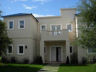 Estudio Arquitectura Integral Casas de estilo clásico