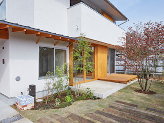 一級建築士事務所co-designstudio Сад в скандинавском стиле Дерево Зеленый