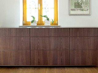 Mensch + Raum Interior Design & Möbel Salas/RecibidoresCajoneras