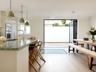 KITCHENS: THE AUBREY Cue & Co of London Moderne Küchen