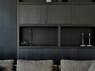 Jolanda Knook interieurvormgeving Living roomCupboards & sideboards Parket Black