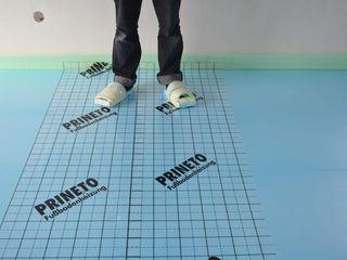 Dynamic444 (departamento de climatização) Paredes y suelos de estilo moderno