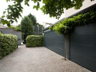 SDC-Milano Modern Garage and Shed